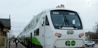 Metrolinx Go Train to Niagara Falls