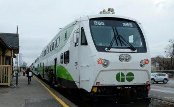 Metrolinx Go Train to Niagara Falls