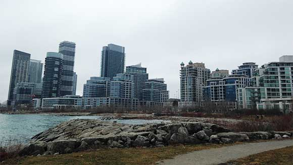 Investing in Etobicoke Real Estate Market