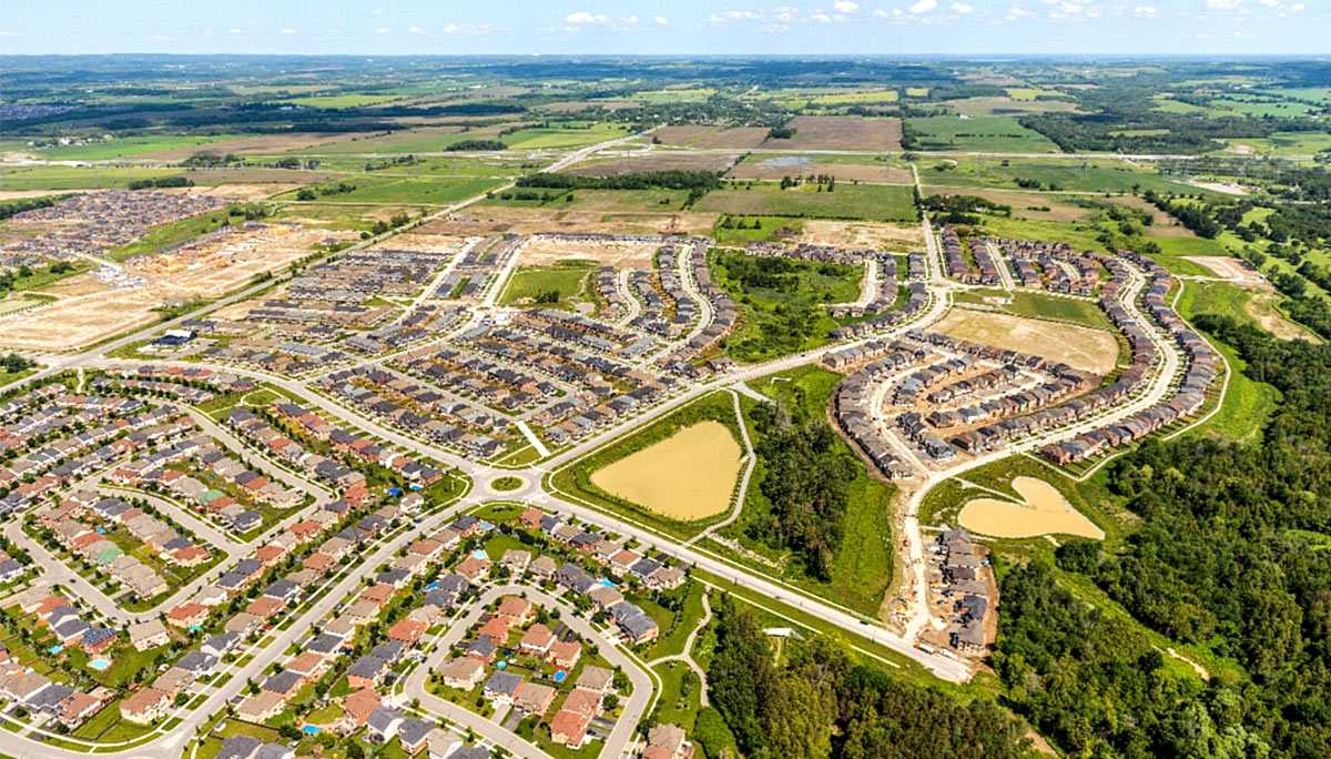 Minto Communities is an award-winning real estate developer and builder who specialize in creating lasting homes, master-planned communitie